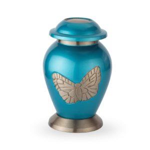 blauwe urn met vlinder