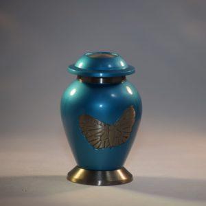 mini urn hemelsblauw met zilverkleurige vlinder