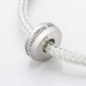 Zilveren asbedel, lijn van Zirkonia